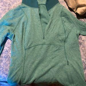 Lululemon women's runderful pullover 10